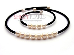 White Cultured Freshwater Pearl Jewelry Set