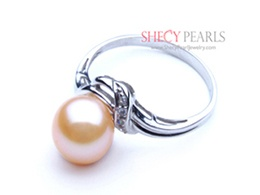 Pink Cultured Freshwater Pearl Ring