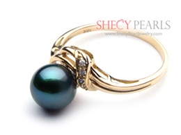 Black Cultured Akoya Pearl Ring
